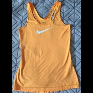 Nike / Bright Orange Workout Tank 🔥